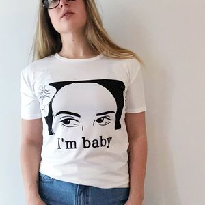 Tops - I'm Baby graphic tee